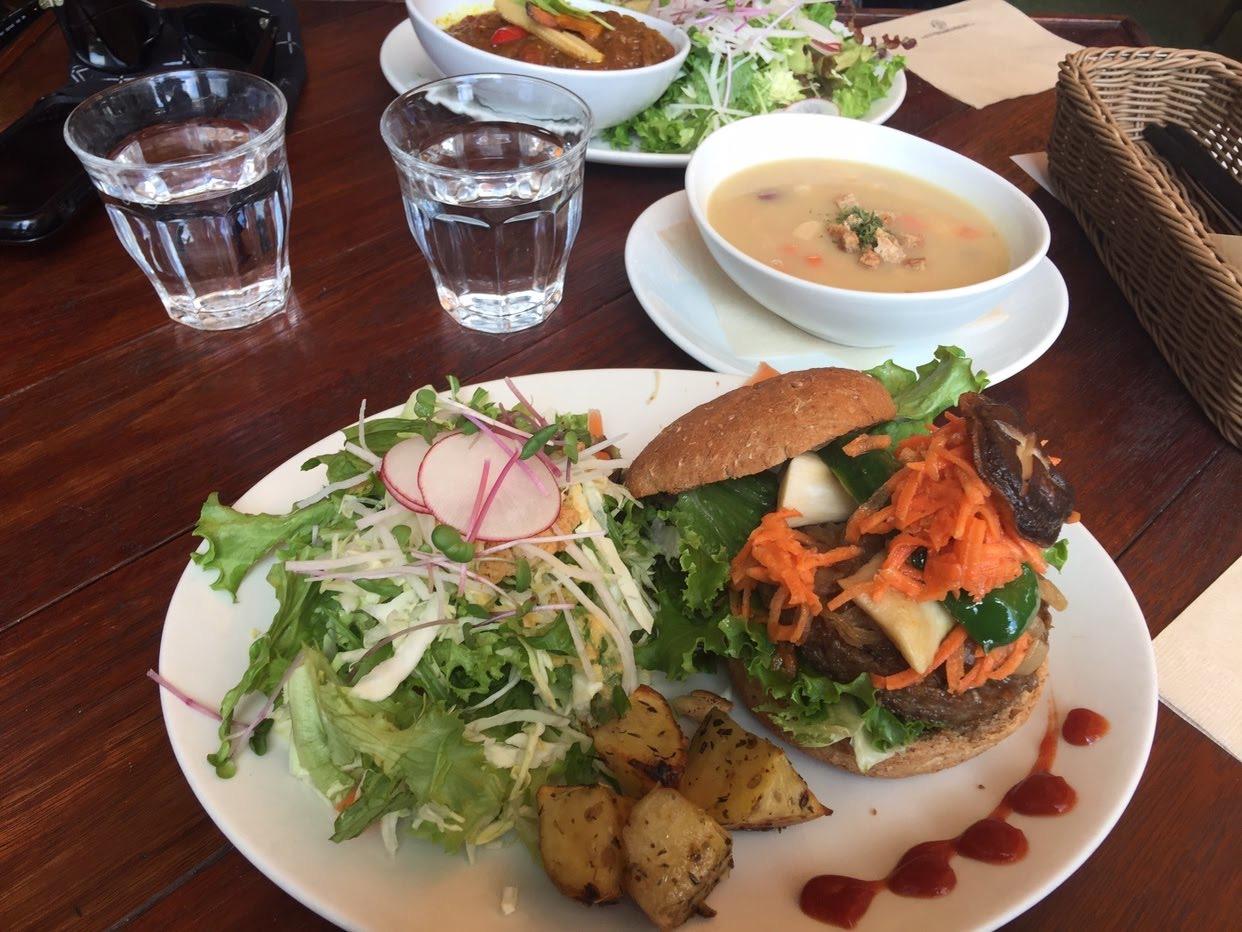 【阿里山(アリサン)カフェ】でオーガニックを満喫!ヴィーガンメニューも楽しめる日高市にあるおしゃれなカフェ